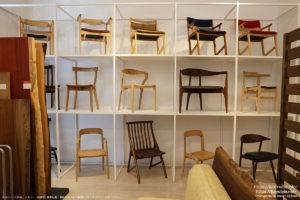 一枚板テーブルと椅子の組み合わせ