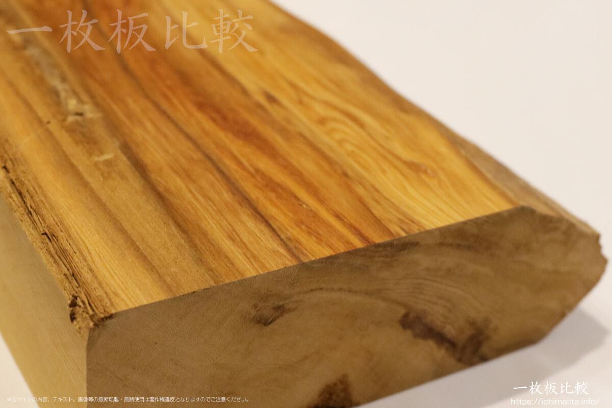 屋久杉の原木端材