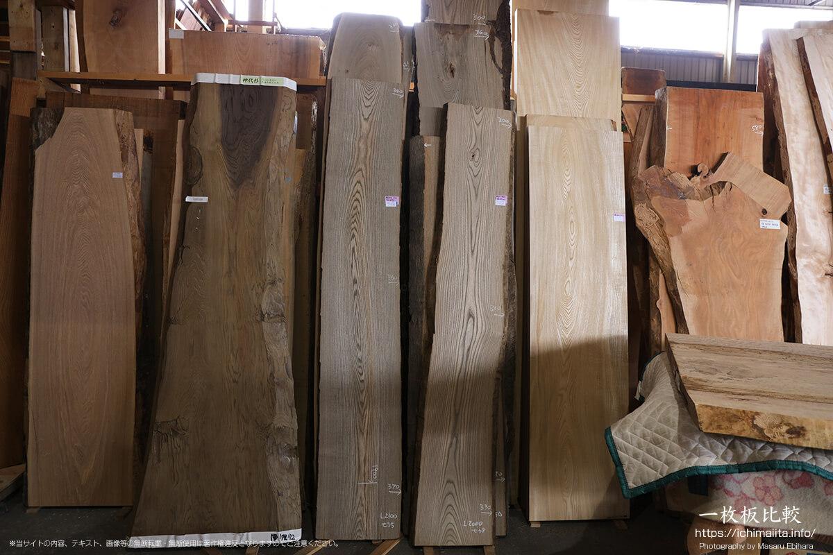 タモ、神代杉、神代タモ、神代ニレ、セン、桜の一枚板