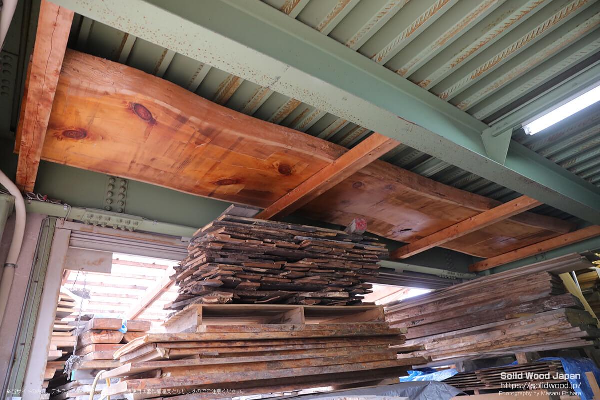 天然木工房アールウッドの倉庫