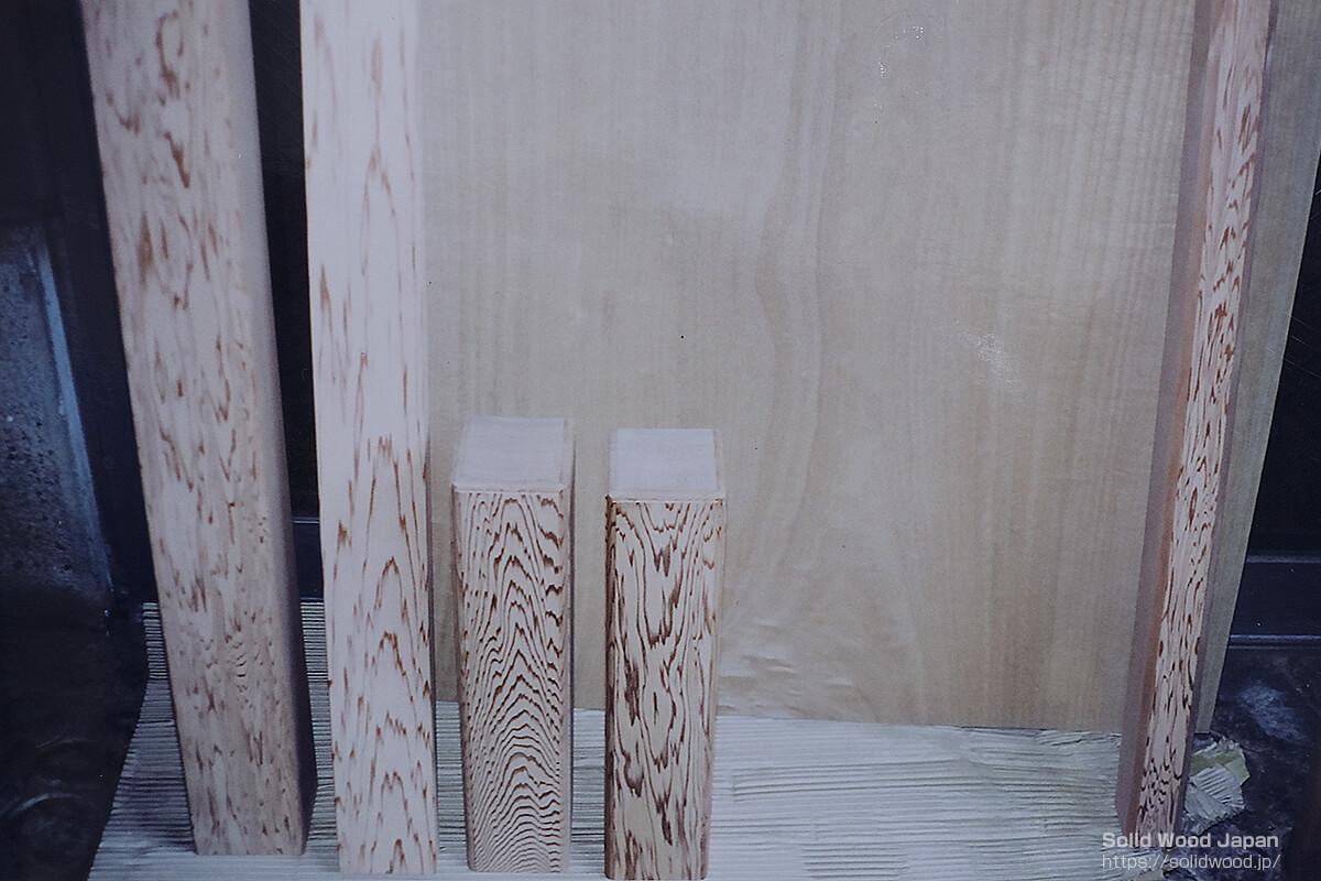 写真「I」:霧島杉笹杢目を使った茶室松風楼(しょうふうろう)形の写し