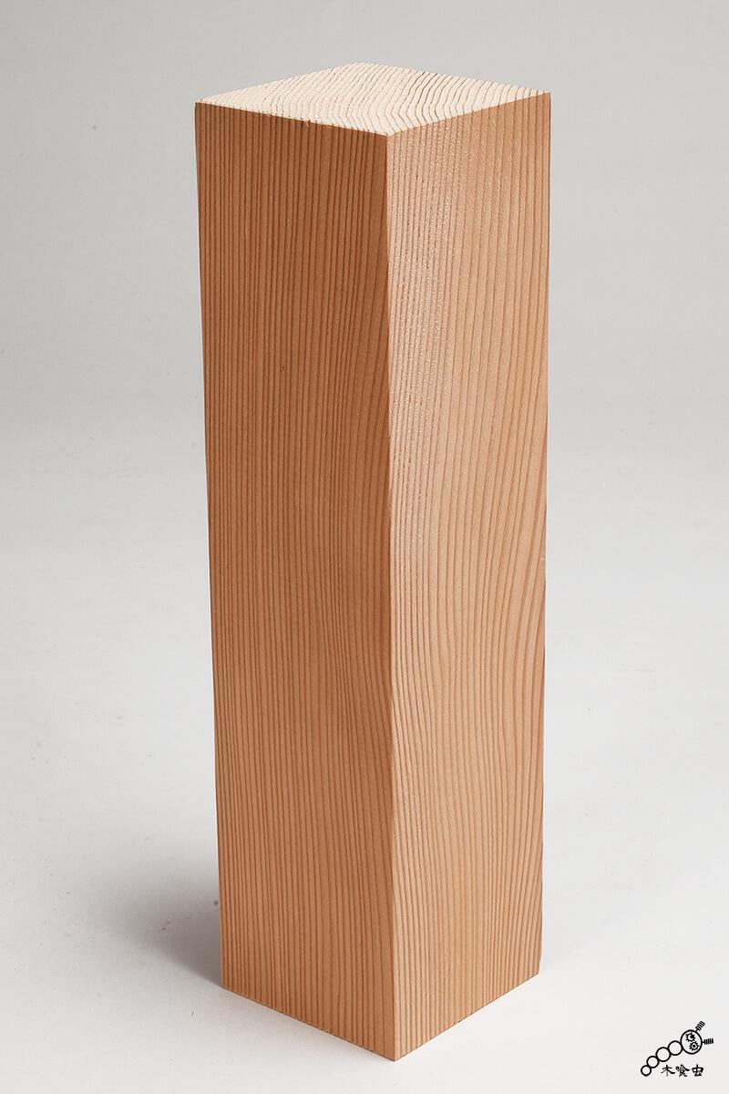 杉の四方柾(しほうまさ)角柱