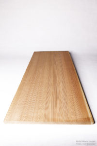 無垢柾板、糸柾の例