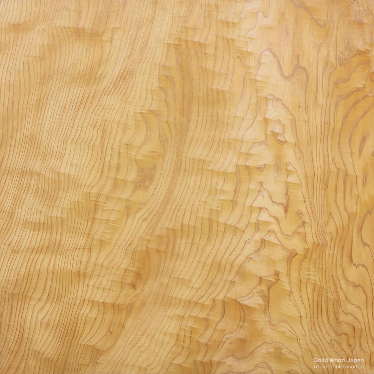 杉の根杢(ねもく)