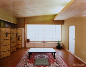 モダン和室の柾目天井(杉柾)(東京・新宿・ビル内)
