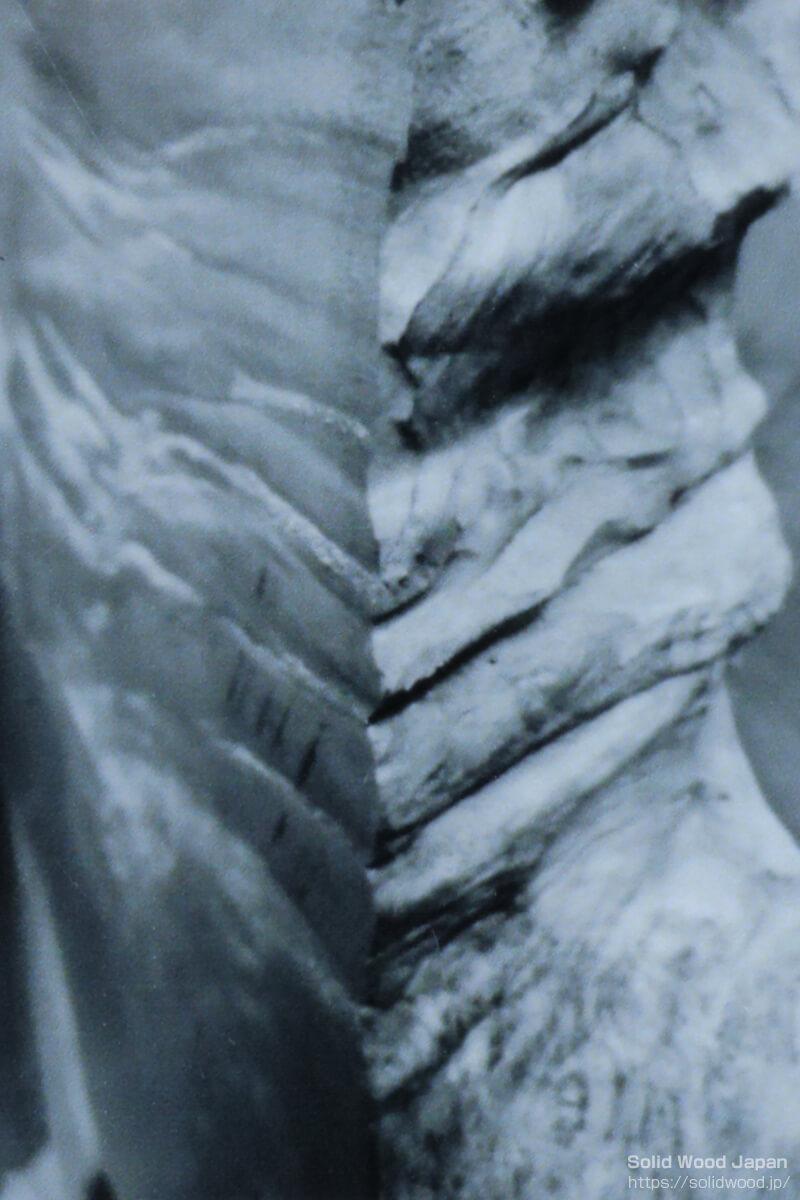 栃材のタクリ肌