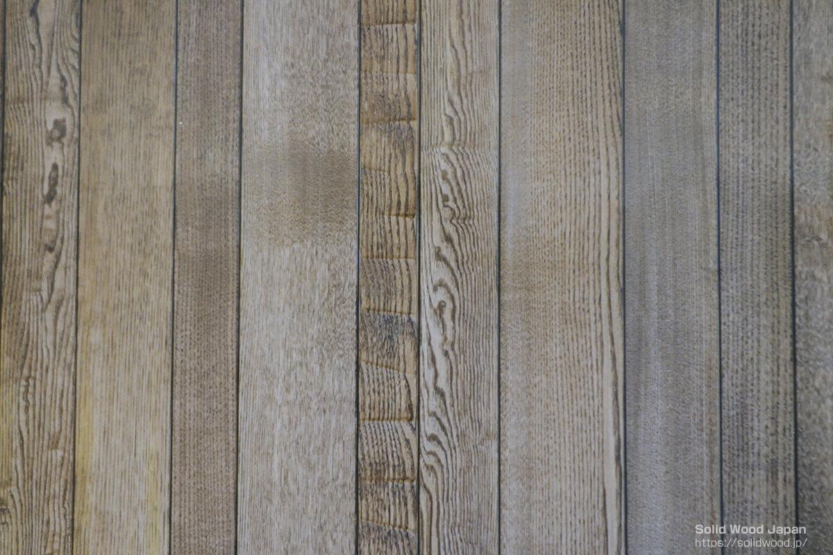 壁面柾板の乱巾張り(モダンな感性)
